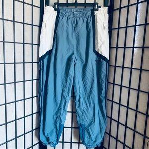 Adidas nova wind jogger pants nylon sz XL